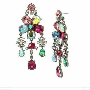 Flower chandler earrings NWT